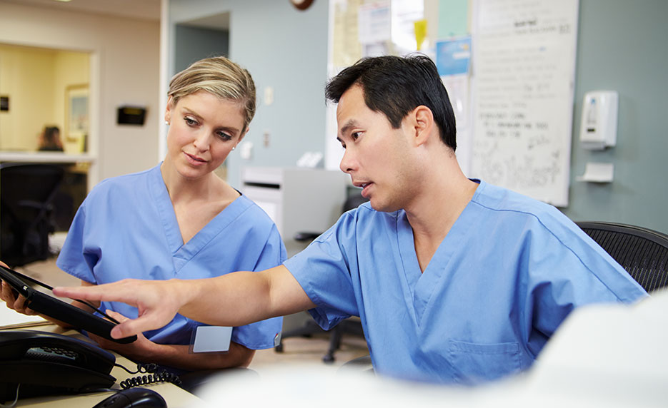 Explore a Career Administrative Medical Assistant